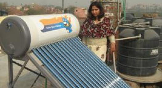 Delhi: Solar Water Heaters Save Electricity