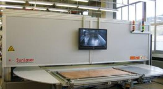 Hungary: Minitec delivers a Laser-welding System to Velux