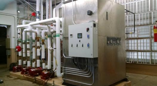 Solar thermal cooling and hot water at hotel in California